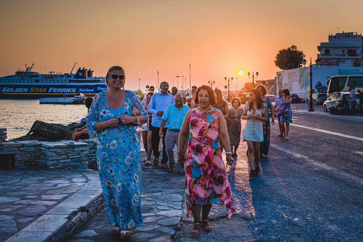 Waling into the town by the harbour in Tinos