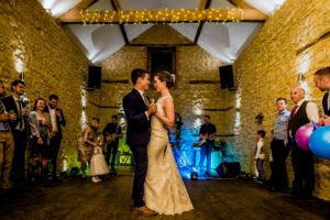 Newlyweds first dance to live wedding band at